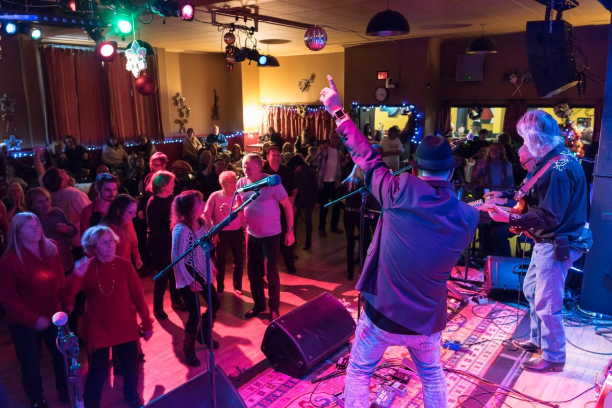 Riverhip Mama The Blueshounds perform at theOrchard House Nov 28 2019 Video by Orchard House Greg Reely (sound) and Phil Jones Video Operator.